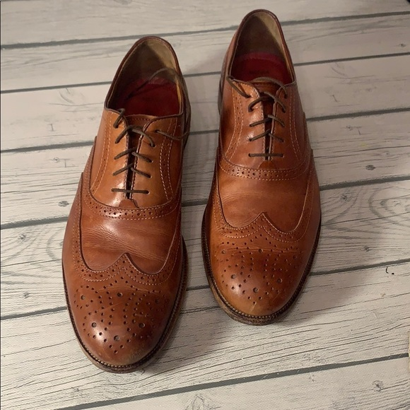 Johnston and Murphy's Men's Derby Wing Tips 9.5W